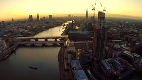 Luchtpanorama van centraal Londen stock videobeelden