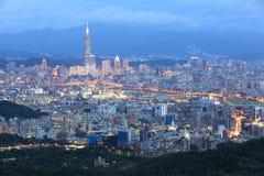 Luchtpanorama van de bezige Stad ~ van Taipeh Stock Foto