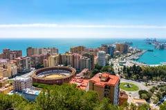 Luchtpanorama van de stad van Malaga met de arena, Andalusia, Spanje in een mooie de zomerdag stock afbeelding