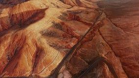 Luchtpanorama van woestijnlandschap, Fuerteventura stock video