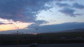 Luchtparade van een vliegtuig stock video