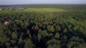 Luchtplattelandsscène in Rusland stock video