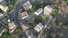 Luchtschot boven een verlaten steengroeve stock footage