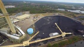 Luchtsteenkoolinstallatie stock footage