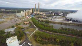 Luchtsteenkoolinstallatie stock video