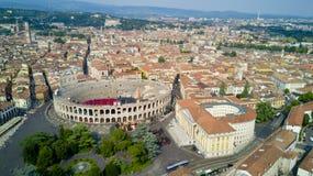 Luchtvideo die met hommel van Verona schieten Stock Afbeeldingen