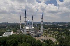 Luchtvideo van Sultan Salahuddin Abdul Aziz Shah-Moskee Royalty-vrije Stock Fotografie