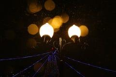 Luci alla notte di inverno in Tjumen', Russia Fotografie Stock Libere da Diritti