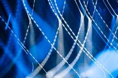 Luci blu al neon in mowement royalty illustrazione gratis