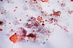 Luci ceree di rosso blu dell'oro bianco, fondo cereo di inverno Fotografia Stock