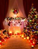 Luci Defocused della stanza di Natale, casa vaga di notte di festa immagine stock