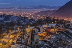 Luci della città di notte di inverno Fotografia Stock