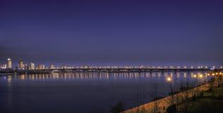 Luci della città di sera Fotografie Stock Libere da Diritti