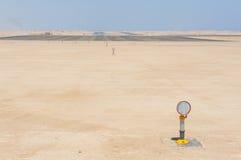 Luci di approccio ad una pista dell'aeroporto Fotografia Stock Libera da Diritti