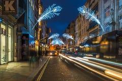 Luci di Natale sulla nuova via schiava, Londra, Regno Unito Immagine Stock