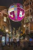 Luci di Natale sulla via di Carnaby, Londra Immagine Stock Libera da Diritti