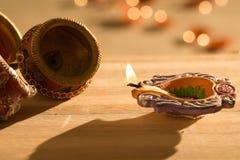 Luci e diyas di Diwali Fotografie Stock
