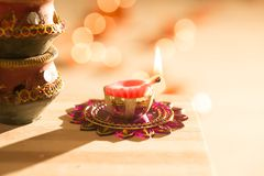 Luci e diyas di Diwali Immagine Stock