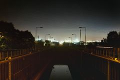 Luci notturne del settore idrico della serratura di Mannheim Germania chimiche immagine stock libera da diritti