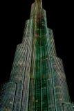 Luci su Burj Khalifa alla notte nel Dubai, costruzione più alta del mondo Fotografia Stock Libera da Diritti