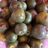 Lucuma è una frutta peruviana nutriente eccellente che contiene il beta-carotene, il ferro, lo zinco, la vitamina B3, il calcio e Immagine Stock