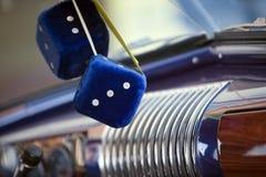 luddig blå tärning Arkivbild