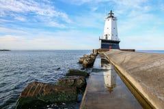 Ludington mola latarnia morska - Ludington Michigan Zdjęcie Stock
