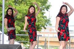 Ludowi tancerze przy Chinatown lata jarmarkiem 2016 Obraz Stock