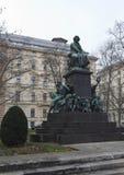 Ludwig van Beethoven Statue i Wien, i vintertid Arkivbild
