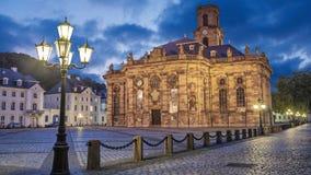 Ludwigskirche - een barokke stijlkerk in Saarbruecken stock videobeelden