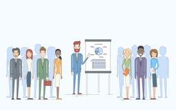 Ludzie Biznesu Grupują prezentaci trzepnięcia mapy finanse, biznesmeni Zespalają się Stażowego Konferencyjnego spotkania royalty ilustracja
