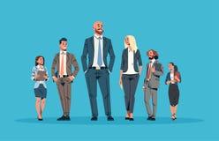 Ludzie biznesu lidera zespołu przywódctwo pojęcia biznesmenów kobiet błękitnego tła męskiego żeńskiego postać z kreskówki folowal royalty ilustracja