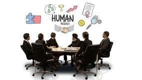 Ludzie biznesu patrzeje cyfrowego ekran pokazuje działy zasobów ludzkich