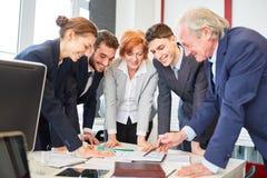 Ludzie biznesu planuje strategię zdjęcie royalty free