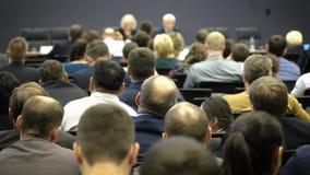 Ludzie Biznesu Seminaryjnego Konferencyjnego spotkania Biurowego Stażowego pojęcia zbiory wideo