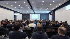 Ludzie Biznesu Seminaryjnego Konferencyjnego spotkania Biurowego Stażowego pojęcia 4k zbiory