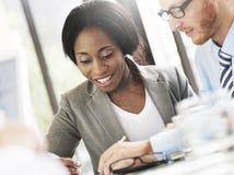 Ludzie Biznesu Spotyka dyskusi komunikaci pojęcie Zdjęcia Royalty Free