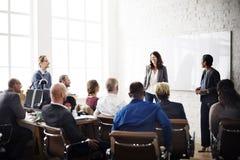 Ludzie Biznesu Spotyka Konferencyjnego Brainstorming pojęcie Obrazy Royalty Free
