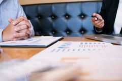 Ludzie Biznesu Spotyka projektów pomysłów fachowego inwestora worek Zdjęcia Stock