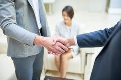 Ludzie Biznesu Trząść ręki Zamykają Up obrazy royalty free
