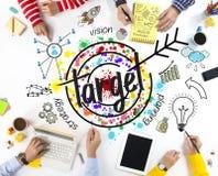 Ludzie biznesu z celu symbolu rysunkiem zdjęcie stock