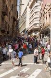 Ludzie blisko ulicy 25 Marzec, miasto Sao Paulo, Brazylia Zdjęcie Royalty Free