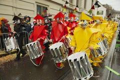 Ludzie brali udział w Basel karnawale w Basel, Szwajcaria Obrazy Royalty Free