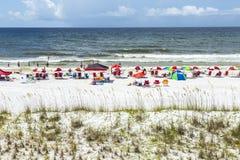 Ludzie cieszą się piękną plażę przy Niceville Zdjęcia Stock