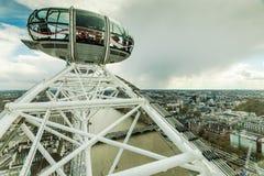 Ludzie cieszą się widok z lotu ptaka Londyn Fotografia Stock