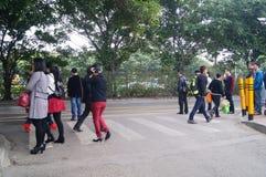 Ludzie czeka jawnego autobus Fotografia Royalty Free