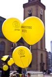 Ludzie demonstrują dla zamykać puszek Niemiecka jądrowa władza pl zdjęcia royalty free