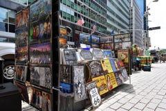 Ludzie handlują pamiątki w niskim Manhattan, NYC zdjęcie royalty free