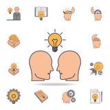 ludzie i żarówka nad one fild koloru ikona Szczegółowy set koloru pomysłu ikony Premia graficzny projekt Jeden ilustracja wektor