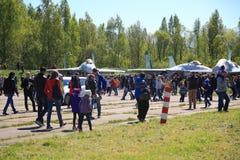 Ludzie i bojowi samoloty Fotografia Stock